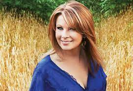 Patty Loveless   Net Worth, Income, Salary, Earnings, Biography, How much money make?