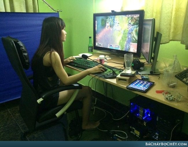 Con gái chơi game LOL thì sao