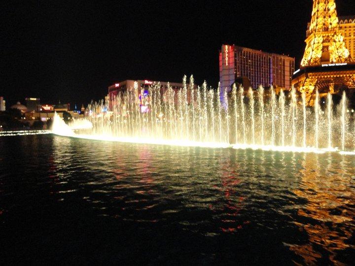 Las Vegas - 166801_10150118925275491_702450490_8129368_915379_n.jpg