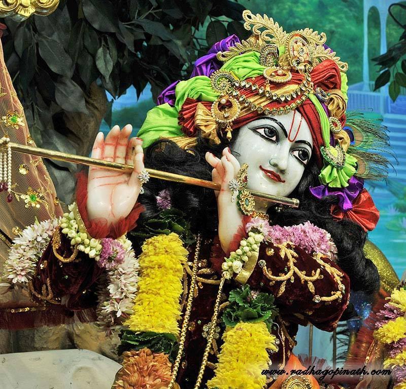 ISKCON Chowpatty Deity Darshan 22 Dec 2015 (6)