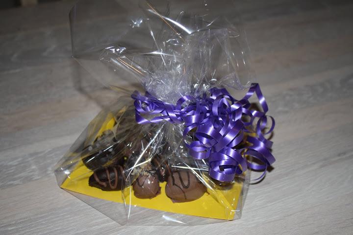 Lækre hjemmelavede påskeæg med chokoladeganache