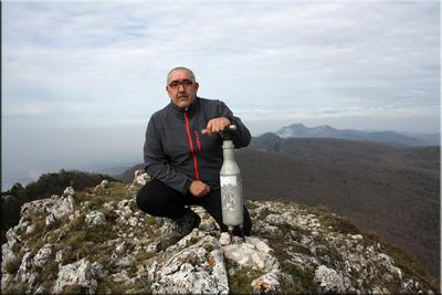 Eskamelo mendiaren gailurra 1.292 m.  --  2014ko martxoaren 21ean