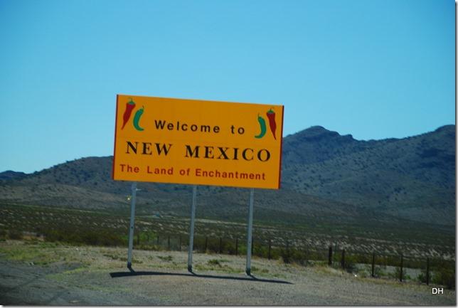 04-13-16 B New Mexico I10 Border Heading East (8)