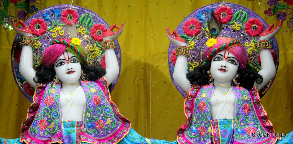 ISKCON Juhu Mangal Deity Darshan on 31st July 2016 (34)