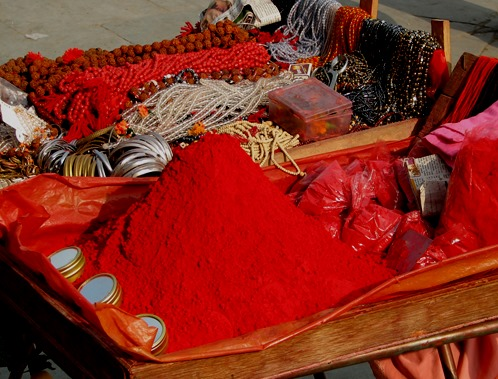 India_-_Haridwar_-_007_-_Red_tikka_powder_&_jewelry_(2085726831)