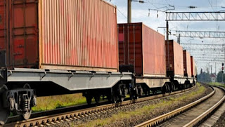 Inauguration d'une ligne de transport de conteneurs entre le port de Béjaïa et la zone logistique de Tixter