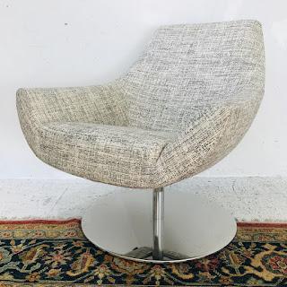 Désirée Swivel Lounge Chair #1