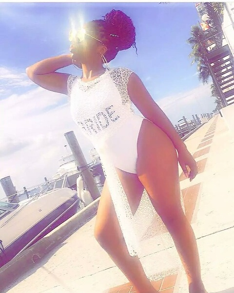 Bride & Her Squad Flaunt Their Curves In Swimsuits (Photos)
