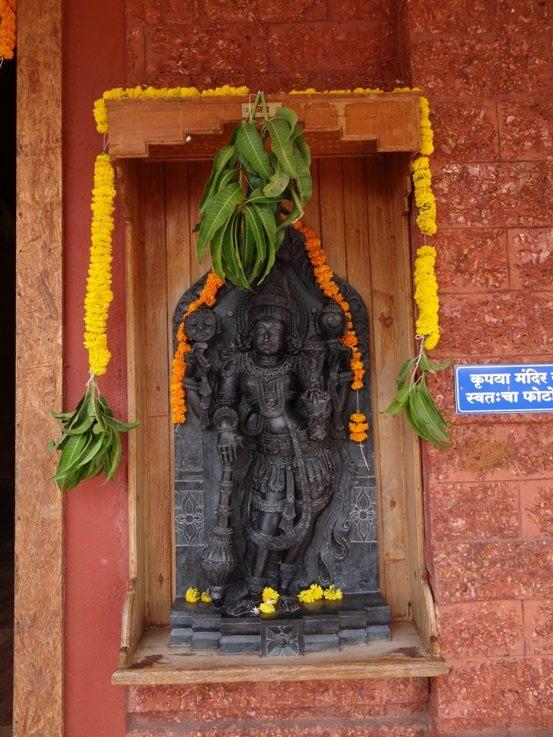 ISKCON Nigdi Deity Darshan 08 April 2016 (33)