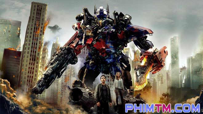 """17 chi tiết thú vị có thể bạn đã bỏ lỡ trong """"Transformers: The Last Knight"""" - Ảnh 22."""