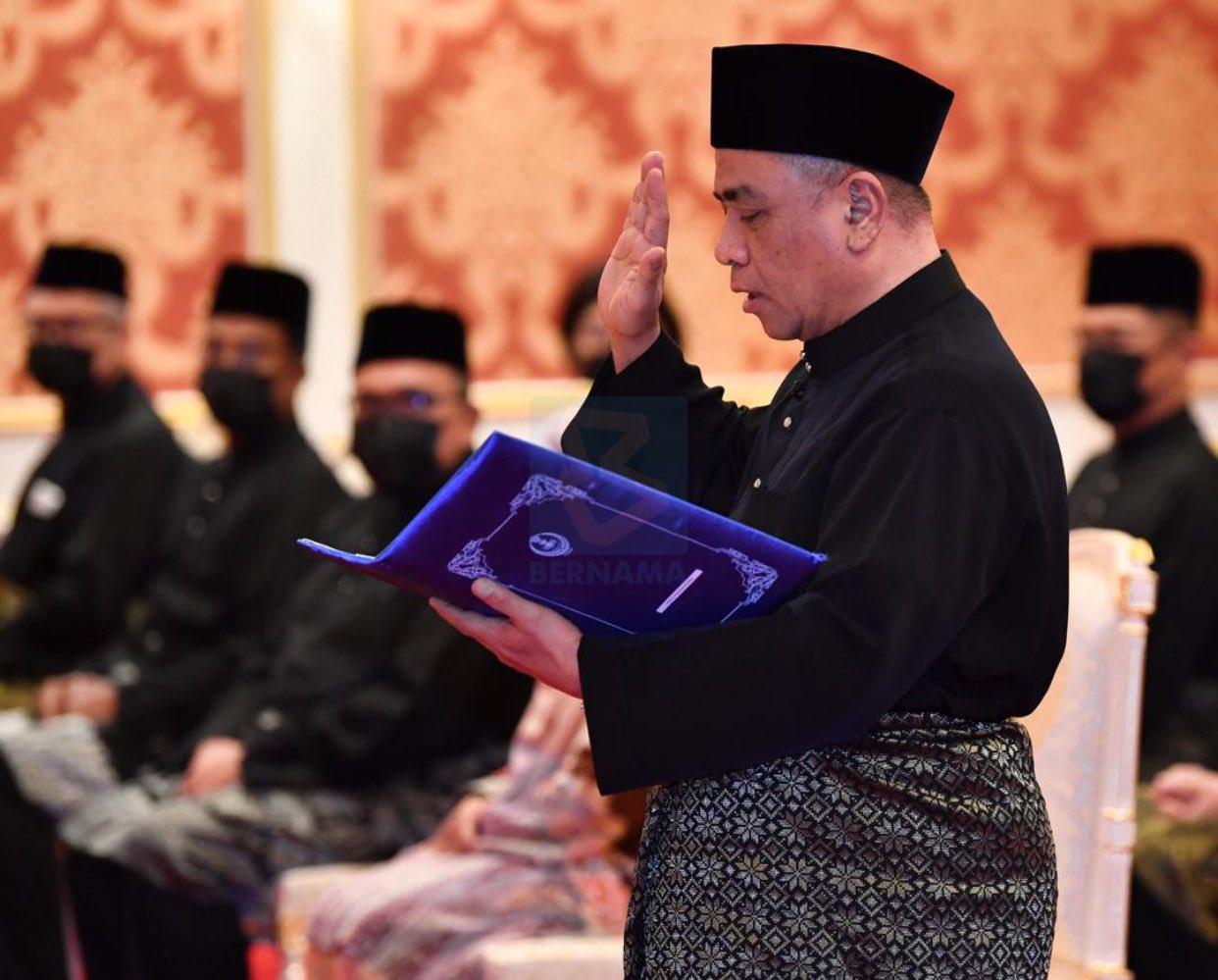 (Bergambar) YB Shaarani Angkat Sumpah MB Perak