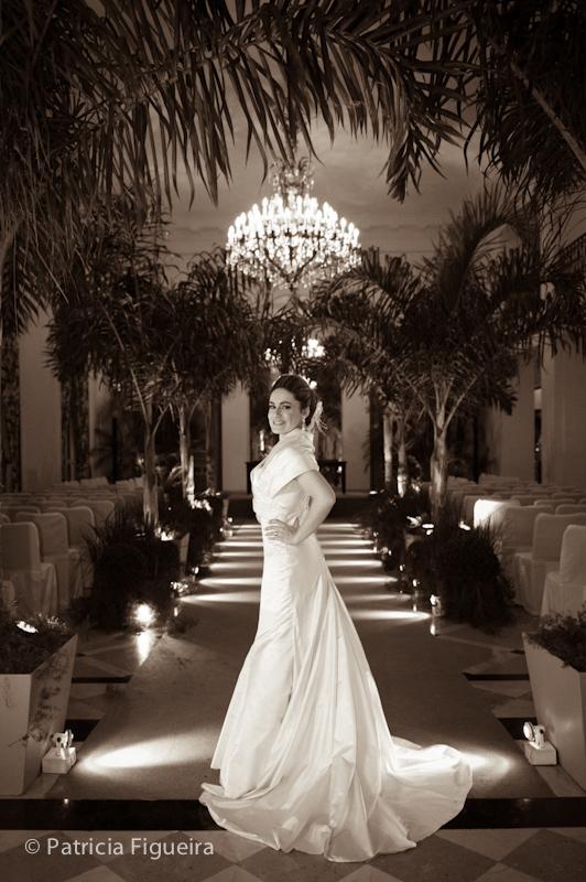 Foto de casamento 1752pb de Sunny e Richard. Marcações: 18/06/2011, Carol Hungria Vestido, Casamento Sunny e Richard, Fotos de Vestido, Rio de Janeiro, Vestido, Vestido de Noiva.