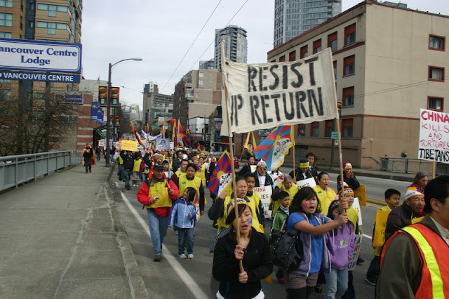 Global Protest in Vancouver BC/photo by Crazy Yak - IMG_0222.JPG