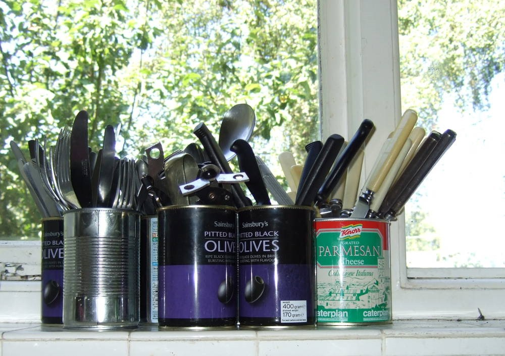 [Tin+Can+Cutlery+Bins2_web%5B4%5D]