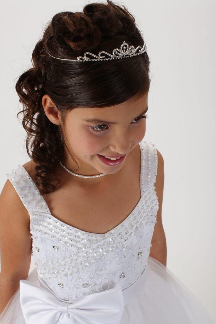 Varios peinados peinados para niñas de comunion Fotos de las tendencias de color de pelo - Peinados Para Primera Comunion De Niña
