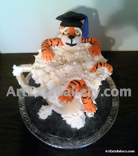 3D edible Clemson Tiger beer mug with foam and graduation cap custom creative graduation cake design