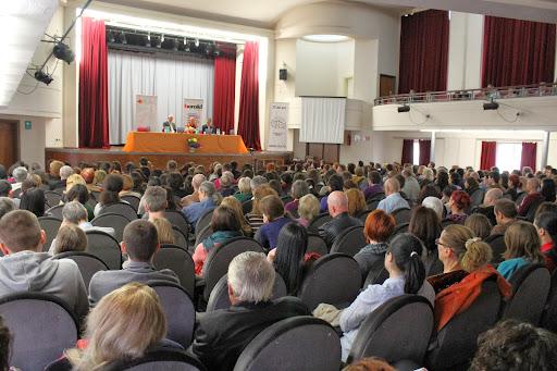 """Conferinta publica cu tema """"De la suferinta la fericire. Esenta invataturii lui Buddha"""" la Casa de Cultura a Studentilor Bucuresti - 2013"""