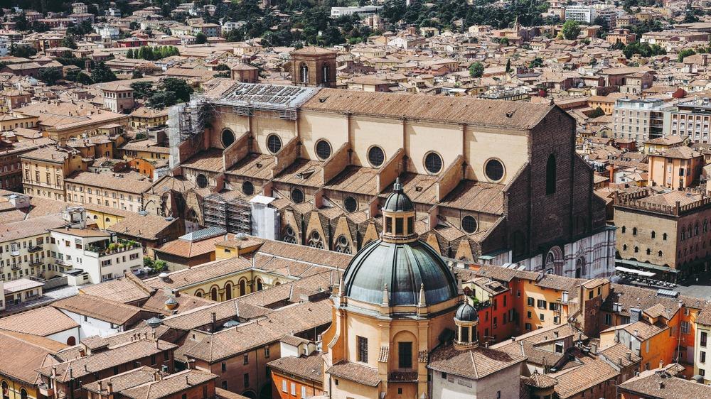 san-petronio-basilica-4