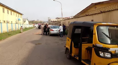 Married Woman And Lover Die While Having Sex Today, Naked Bodies Removed From Their Running Car In Ogba, Lagos