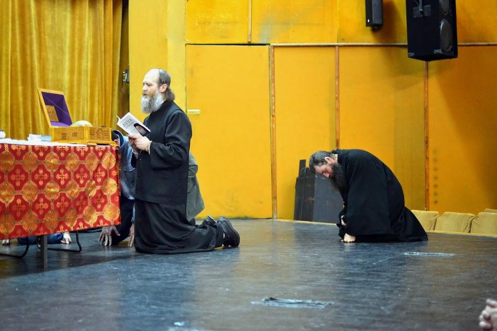 089 Avva Justin Parvu si Sfintii inchisorilor (Teatrul Luceafarul, Iasi, 2014.03.19)