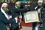 Dandim 0819/Pasuruan Diganjar Penghargaan oleh Bupati Gus Irsyad