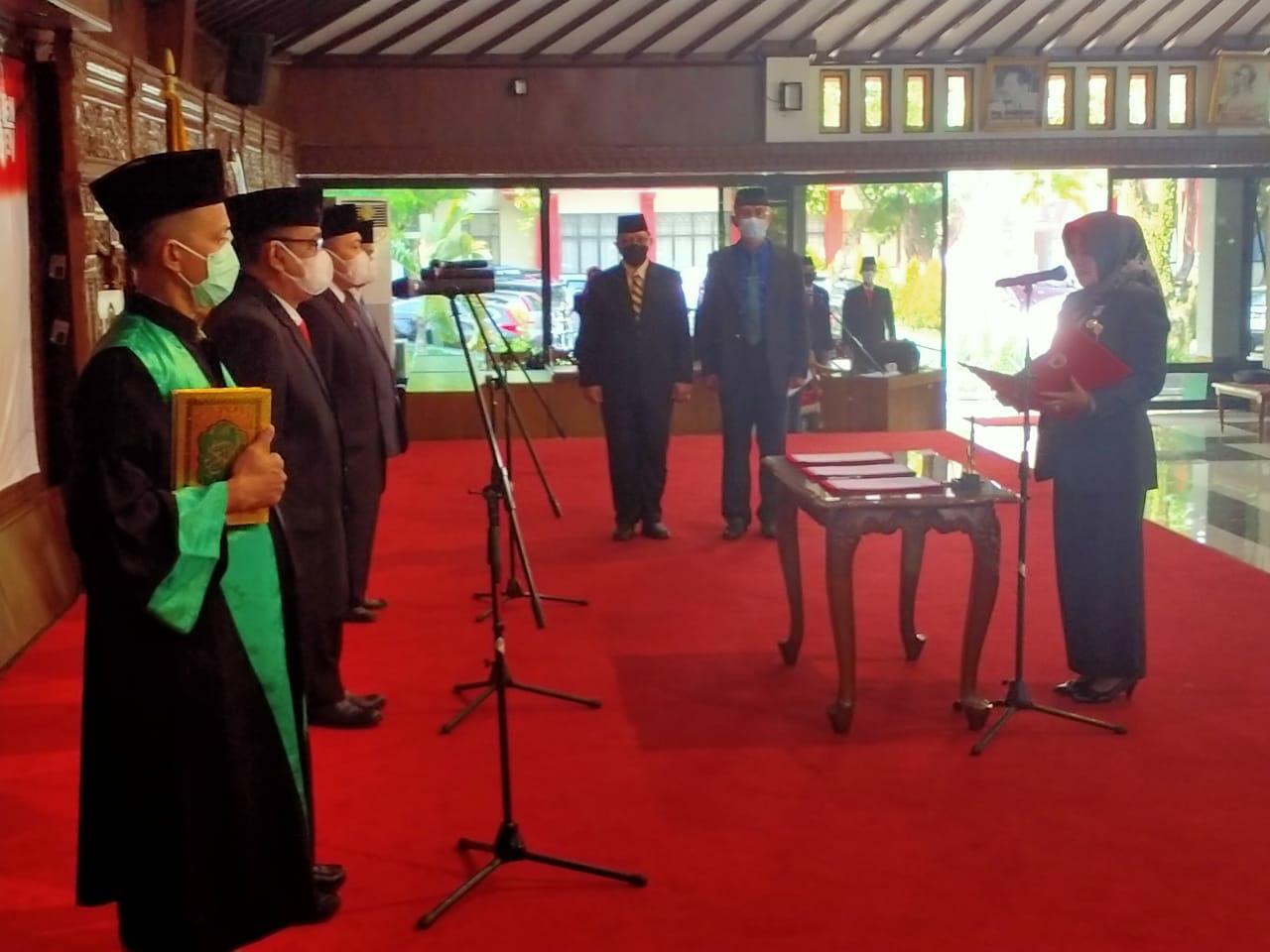 Bupati Sri Mulyani Lantik 3 Pejabat Pratama Eselon II