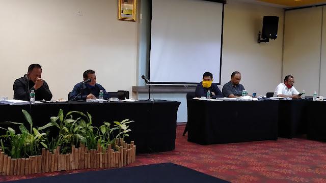 Rapat dengan PT Semen Padang, Yandri Singgung Kerusakan Jalan di Gunung Sarik.
