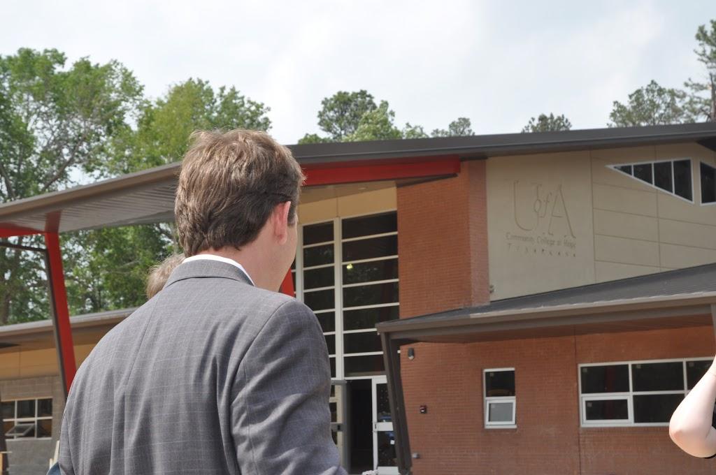 Arkansas Secretary of State Mark Martin Visits UACCH-Texarkana - DSC_0371.JPG