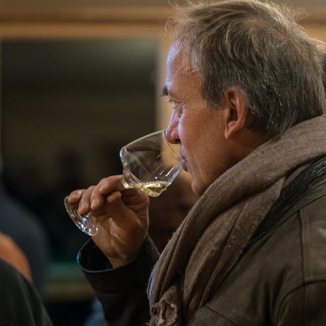 Dégustation des 2016 chardonnay et chenin sec et ... présentation de Freddy, le repreneur. guimbelot.com - 2017-11-18%2BD%25C3%25A9gustation%2Bdes%2B2016%2Bchardonay%2Bet%2Bchenin%2Bsec-113.jpg