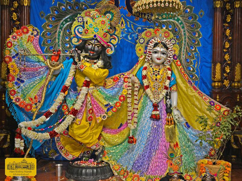 ISKCON Hare Krishna mandir Ahmedabad  05 Jan 2017 (1)
