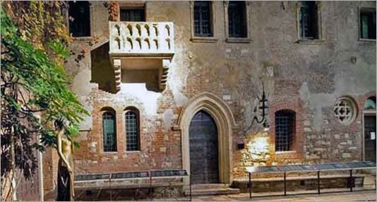 146-juliet-house-verona-3