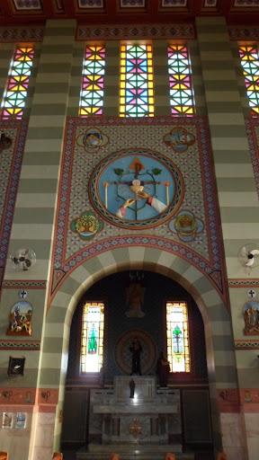 Capela dedicada a Santo Antônio e ao Sacrifício da Santa Missa
