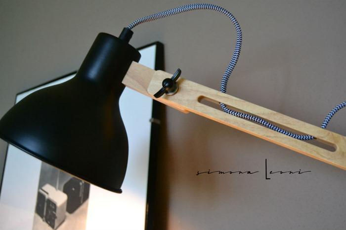 lampada_tomons_legno_metallo
