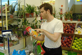 Reid is a health conscious shopper.