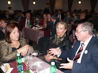 Rákóczi Anna, a CSMMSZ elnöke (középen).JPG