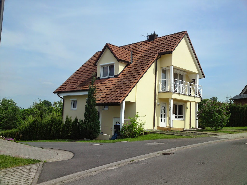 Fassadenanstrich in Hausdorf.JPG