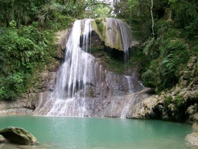 5 cascadas y r os para visitar en puerto rico for Turismo interno p r