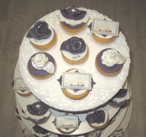 94- Bruiloft cupcakes - kopie.JPG