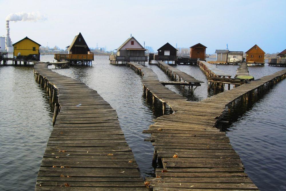bokodi-lake-1