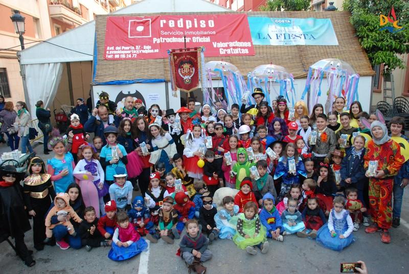 """María y Luis """"indultats"""" en la fiesta de disfraces infantiles"""