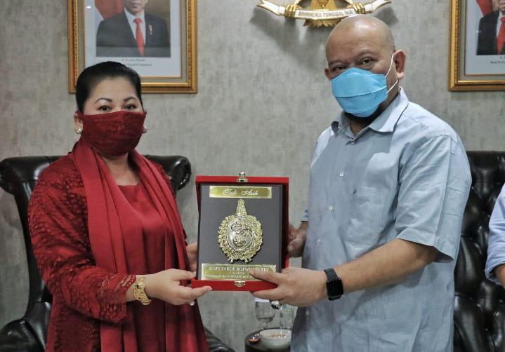 LaNyalla Mattalitti Dapat Gelar Lagi dari Keraton Kasunanan Surakarta Hadiningrat