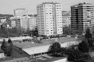 Photo: Piscinas Campolongo e as Pistas enriba. Estas pistas eran propiedade do colexio. Hoxen utilízanse no horario de recreo pola mañán.