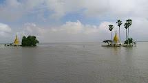 Povodně postihly 12 ze 14 barmských států a v zasažených oblastech žije podle místních úřadů 17 000 000 lidí. (Foto: Archiv ČvT)