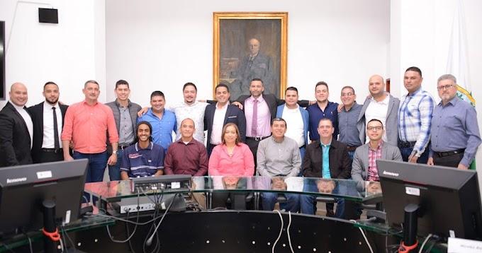 Hay escándalo en las Redes Sociales por Votación Negativa de 10  Concejales  de Bello para Realizar el Control Político de Las Construcciones Ilegales.