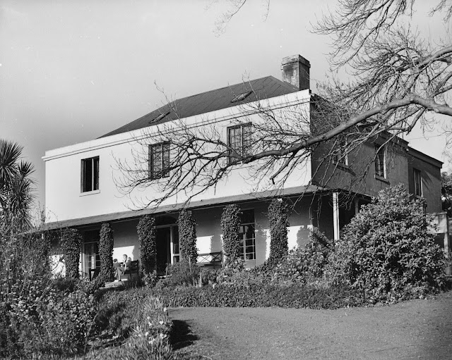 Hobart - Summerhome in_Hopkins_Street
