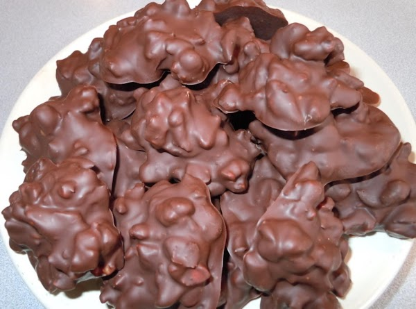 Chocolate Nut Cranberry Clusters Recipe
