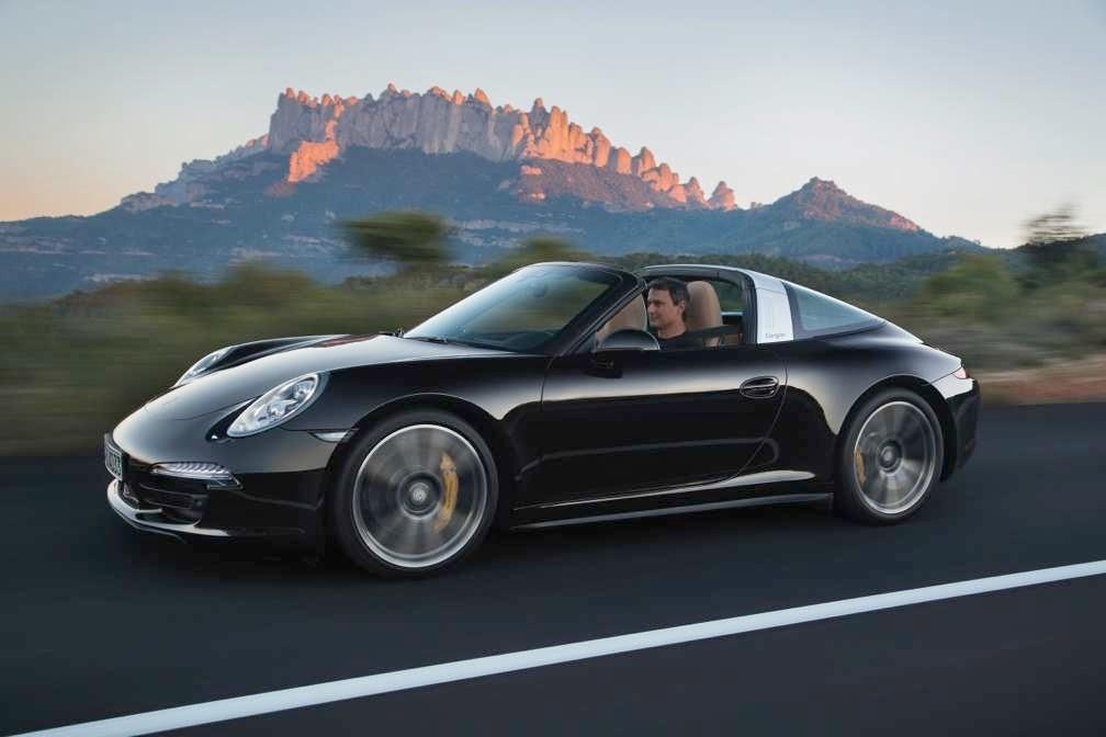 2014 Porsche 911 Targa 4 01