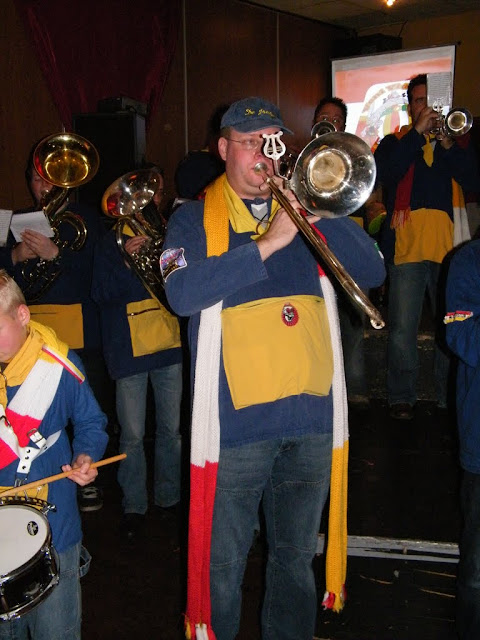 2009-11-08 Generale repetitie bij Alle daoge feest - DSCF0583.jpg