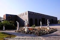 Những lâu đài lộng lẫy của đại gia Việt -  Thi công trang tri nội thất gỗ