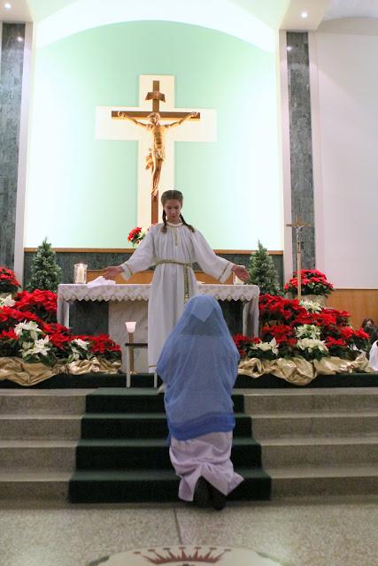 Christmas Eve Prep Mass 2015 - IMG_7203.JPG
